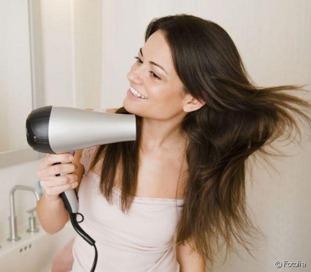 Secándose el pelo